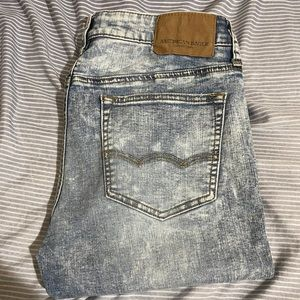 American Eagle Light Wash Skinny Jeans 31x30